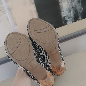 Christian Siriano Shoes - Sexy peep toe cork stiletto